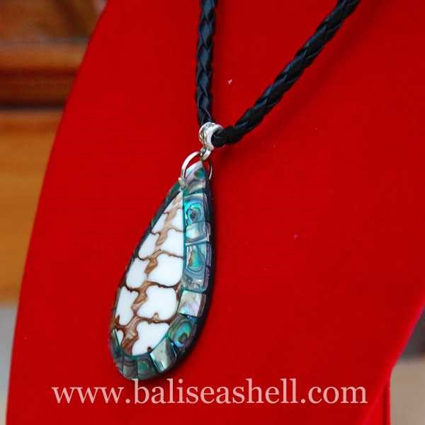 seashell pendants made from shell paua / kalung kerang liontin oval paua-2