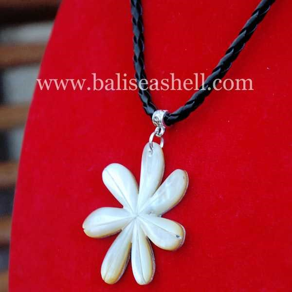 flower art necklace bead / kalung ukir bunga