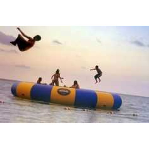 inflatable water trampolin-1