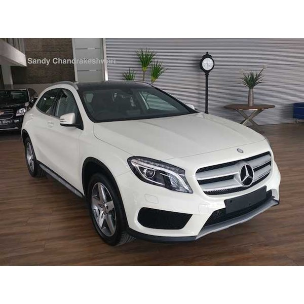 harga promo mercedes benz gla200 amg nik 2017 ready stock best price-1