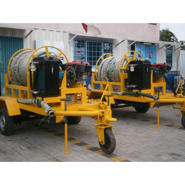 big hose reel on trailer-2