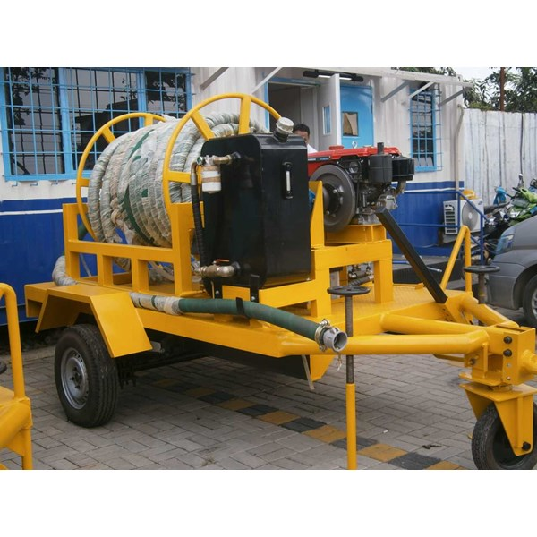 big hose reel on trailer-1
