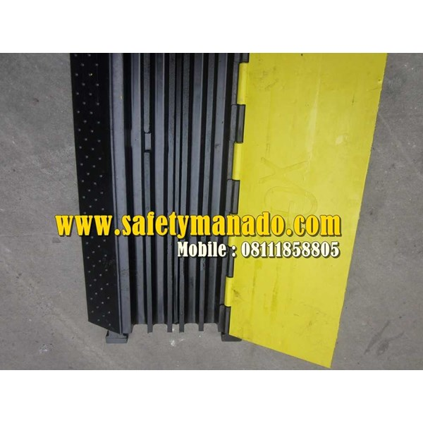 rubber cable ramps-5