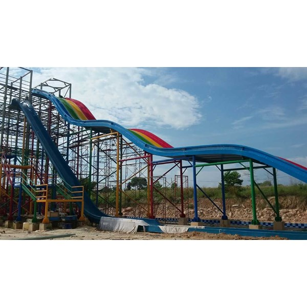 waterpark theme windmill shed-1