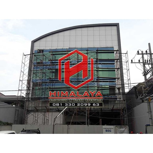 pasang curtain wall palembang-1