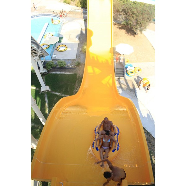 seluncuran water park wave slide-4