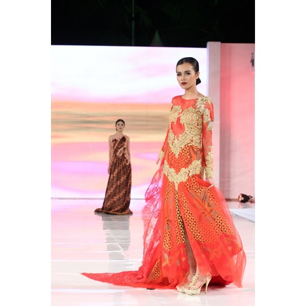 longdress batik pesta sayap brokat bridal014-1