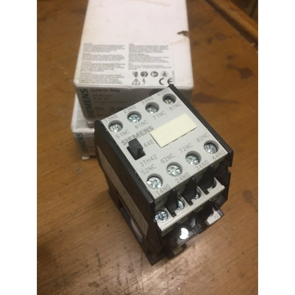 siemens 3th4244-0bm4 220vdc contactor relay-1