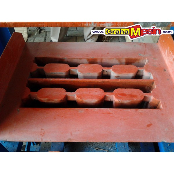 mesin press paving dan cetak batako manual-3
