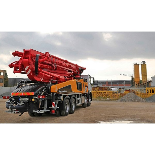 concrete pump truck mounted-1