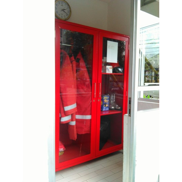 lemari safety fire deka-3