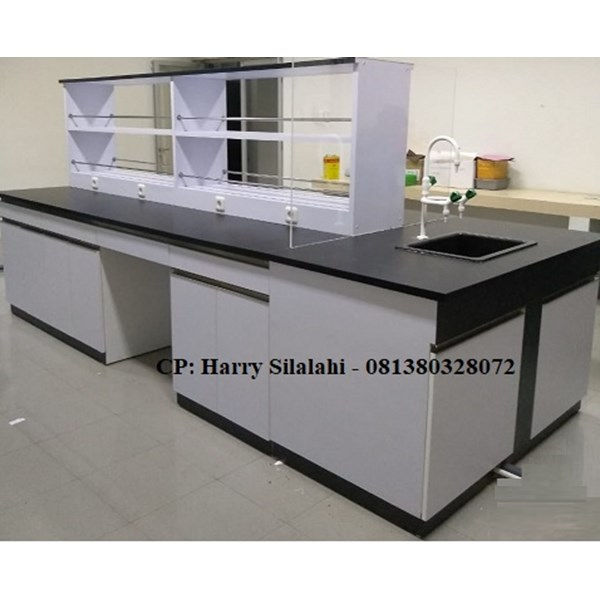 island bench with sink and rack / meja lab ruangan tengah dengan sink dan rak-2